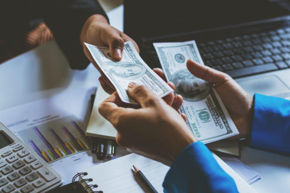 تسديد القروض البنكية هي الأفضل والأسرع بالسعودية